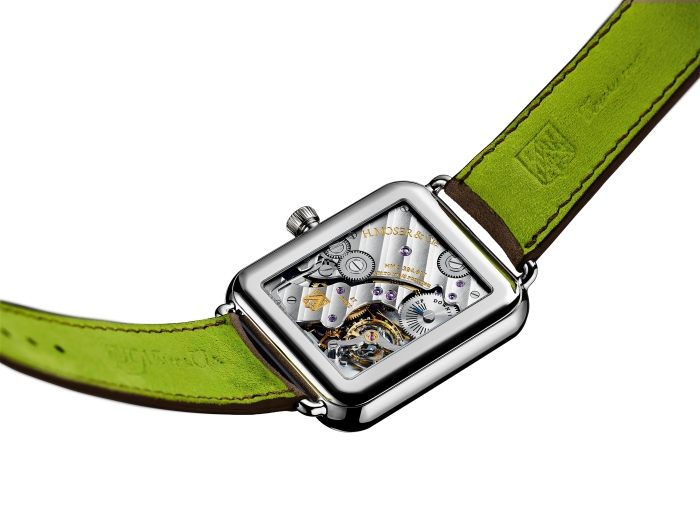 Swiss_Alp_Watch_8324-0200_PR_Back_White_Background_RGB